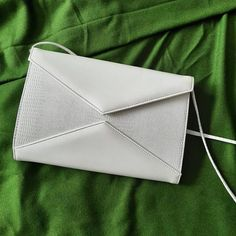 Vintage Handbags, White Envelopes, My Etsy Shop, Things To Come, Purses, Wallet, Nifty, Check, Handbags