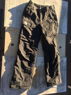 Photograph of North Face Insulated Ski Pants view 1 6ba0b4c22056