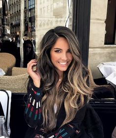 Bayalage dark hair blonde - Bayalage dark hair blonde The Effective Pictures We Offer You About decor chambre A quality pictur - Bayalage Dark Hair, Blonde Hair, Bayalage Brunette, Balayage Long Hair, Baylage, Ombre On Dark Hair, Dark Fall Hair, Balayage Hair Brunette Straight, Long Brunette Hair