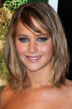 Jennifer Lawrence Medium Straight Cut with Bangs - Shoulder Length Hairstyles Lookbook - StyleBistro