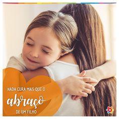 Um gesto de carinho que tem o poder de deixar o nosso dia melhor e nos acalmar 🤗 E você, já deu um abraço bem apertado no seu filho hoje? ❤️