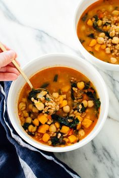 This healthy #vegan soup recipe is made with sweet potato, kale, farro and chickpeas!