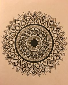 Mandala Drawing on cardstock Doodle Art Drawing, Mandala Drawing, Pencil Art Drawings, Art Drawings Sketches, Mandala Art Lesson, Mandala Doodle, Mandala Artwork, Mandala Pattern, Zentangle Patterns