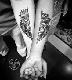 Tatuagem do casl Junior e Isabelle ! Obrigado e até a próxima!. . Contato para orçamento e agendamento somente no telefone 27 999805879 de segunda a sexta de 8 as 17 hs!. . NÃO RESPONDEMOS DIRECT!. . Não fazemos mais orçamento e agendamento pessoalmente, apenas online no tel 27 999805879 !. . #kadutattoo #tattoo #tattoos #tatuagem #tatuagens #tattoo2me #lion #leao #casal #love #amor #liontattoo
