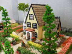 Hampton Garden House - Dollhouse Property 1:144 Scale. $120.00, via Etsy.