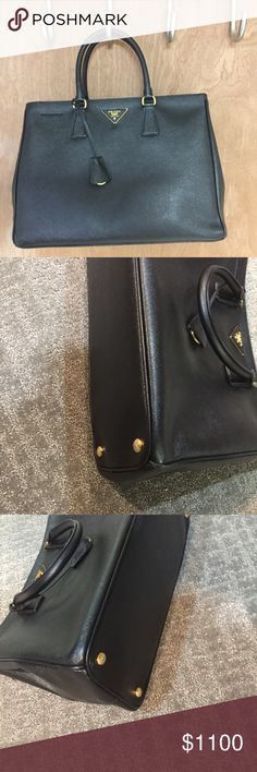 Prada Saffiano Galleria Large Lux Double Zip Tote Beautiful bag. In really great condition, only significant signs of wear are on the bottom corners, as shown in the pics. Please feel free to ask my any questions. Thanks!!! Here is the link of the bag from saks, it has all the info: https://www.saksfifthavenue.com/main/ProductDetail.jsp?PRODUCT%3C%3Eprd_id=845524446421517 Prada Bags Totes