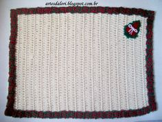 Jogo americano em crochê www.artesdalori.blogspot.com.br