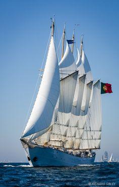 Creoula, 4 Masted Gaff Schooner – Portugal.