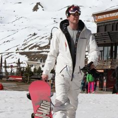 Oneskee is designed for #snowboarding & #skiing .....#oneskee_zipup the winter clothing company.  We will run a competition throughout aw15 to join us for product testing in April 2016. Where shall we go ? #whistler #st_anton ?