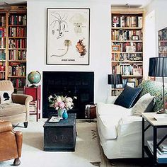 laid-back and welcoming. can't beat what books do for interiors, either.