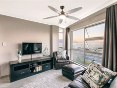 The Bay - The Bay 103 offers comfortable self-catering accommodation in a tastefully decorated one-bedroom apartment situated within a beachfront complex in Bloubergstrand. The apartment offers a relaxing and tranquil ... #weekendgetaways #bloubergstrand #southafrica