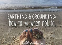 Earthing & Grounding: Legit or Hype? (How to & When Not To) Earthing or grounding is a new technology that harnesses the age old power of the earth to reduce inflammation and improve health. Cold Home Remedies, Natural Health Remedies, Herbal Remedies, Grounding Exercises, Earthing Grounding, Wellness Mama, Health And Wellness, Holistic Nutrition, Mental Health