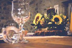 Sunflower en pine cone center piece