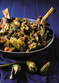 Lamb shank and waterblommetjie stew / Lamskenkel-en-waterblommetjie-bredie Tripe Recipes, Lamb Recipes, Cooking Recipes, Yummy Recipes, South African Recipes, Ethnic Recipes, Beef Recipes For Dinner, Restaurant Recipes, Quick Meals