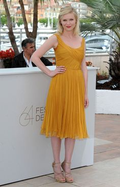 Kirsten Dunst is my favorite manic pixie dream girl.