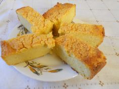prajitura cu malai Cornbread, Cheese, Ethnic Recipes, Food, Millet Bread, Essen, Meals, Yemek, Corn Bread