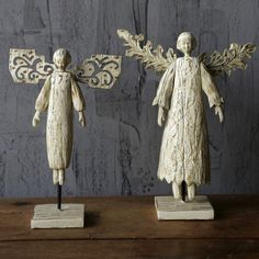Distressed Angels On Stand, Set of 2