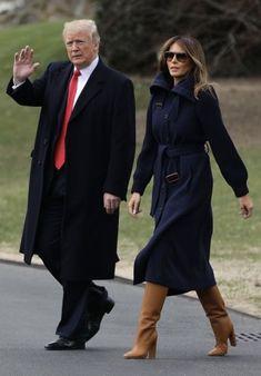 President & First Lady Melania Trump Milania Trump Style, Melania Knauss Trump, Donald And Melania, Navy Coat, First Lady Melania Trump, American Presidents, Classic Chic, Fashion 2020, Donald Trump
