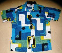 Vintage Hawaiian Shirt Man Closet, Vintage Hawaiian Shirts, Hawaiian Print, Beautiful Beach, Made Goods, Motion Design, Dress Codes, Streetwear Fashion, Cloths