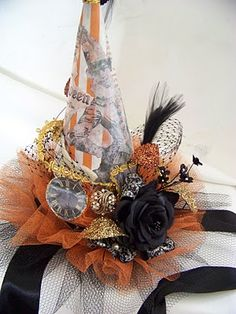 Festive Witch Hat - this would be cute for a swap!