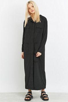 Light Before Dark - Parka longue en nylon noire - Urban Outfitters