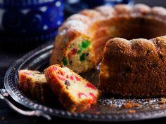 Kuva - Hedelmäkakku Christmas Baking, Merry Christmas, Toffee, Sweet Tooth, Muffin, Cupcakes, Sweets, Bread, Breakfast