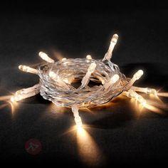 Sie gehört zu jeder #Weihnachtsbeleuchtung dazu: die #Lichterkette. Mit LED-Lichttechnik ist sie zudem langlebiger und energiesparender.