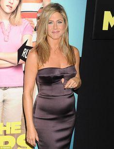 Is Jennifer Aniston finally pregnant? Looks like it!