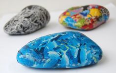 Decopatch/decoupage pebbles - a great way to decorate instead of pebble painting!  http://www.countrylovecrafts.com/product_supplier.php?supplier_code=PAPE01_category=20.5cm medium 3d letter box