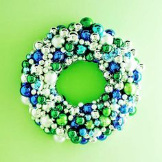 5edc1  vintage christmas wreath Great Seasonal Wreath Decorating Suggestions decoration ideas