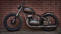 Needs a seat and a front mudguard. Vintage Bikes, Vintage Motorcycles, Custom Motorcycles, Custom Bikes, Cars And Motorcycles, Best Motorbike, Cafe Racer Motorcycle, Motorcycle Art, Jawa 350
