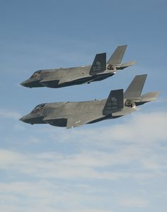 F-35B Formation Flight