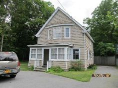 960 Montauk Hwy Oakdale, NY, 11769 Suffolk County   HUD Homes Case Number: 374-441607   HUD Homes for Sale