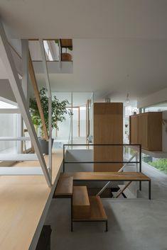 Gallery - House in Toyonaka / Tato Architects - 7