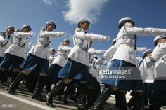 algerian-new-graduated-policewomen-parade-during-a-graduation-held-picture-id80142644 (594×396)