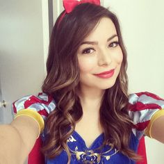 Miranda Cosgrove dresses up for Halloween 2014
