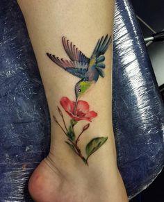 Drug Tattoos, Mom Tattoos, Cute Tattoos, Body Art Tattoos, Small Tattoos, Sleeve Tattoos, Tattoos For Women, Hummingbird Flower Tattoos, Hummingbird Tattoo Watercolor