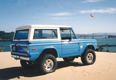 I will own one of these one day! Classic Ford Broncos, Classic Bronco, Classic Trucks, Old Ford Bronco, Early Bronco, Vintage Jeep, Vintage Trucks, Broncos Pictures, 4x4 Trucks