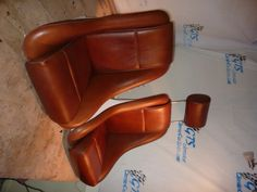 R seat in brown leather,white gel coat and w headrest for a classic BMW 2002,Classic Car Seats by GTSclassics.