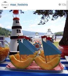 Barco feito com melão #amei