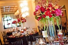 Bold bouquets for the table settings
