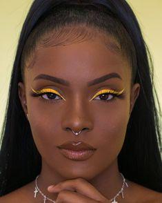 Makeup Eye Looks, Creative Makeup Looks, Eyeliner Looks, Cute Makeup, Glam Makeup, Gorgeous Makeup, Pretty Makeup, Makeup Inspo, Makeup Inspiration