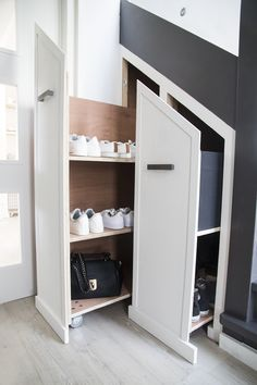 Gang How To Properly Maintain A Vacuum Cleaner. Article Body: If you own a cleaning business you kno Staircase Storage, Hallway Storage, Attic Storage, Locker Storage, Home Stairs Design, Interior Stairs, House Design, Diy Storage Pods, Discount Laminate Flooring