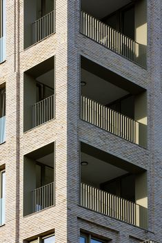 #Brickprojects #housestyle #homedecor #brickfacade #houseexterior #randerstegl #unika #architecture Brick Projects, Brick Facade, Brick Building, Online Images, Bricks, Stairs, Fire, Colours, Architecture