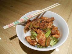 Eat cook and love: Sauté de poulet et légumes à la Sriracha et au miel