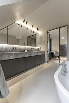 bathroom remodel tips is unquestionably important for your home. Whether you pick the serene bathroom or small laundry room, you will create the best mater bathroom for your own life. Serene Bathroom, Modern Bathroom Design, Bathroom Interior Design, Bathroom Styling, White Bathroom, Small Bathroom, Dyi Bathroom, Interior Modern, Diy Home Decor For Apartments