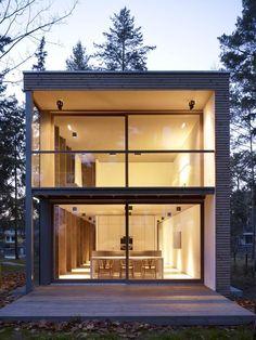 Minimum House by Scheidt Kasprusch Architekten http://www.archello.com/en/project/minimum-house