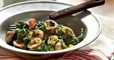 Squid with Spinach - gourmed.com