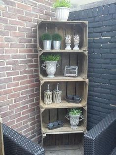 12 DIY craft ideas, what you can do with old wooden boxes! - 12 DIY craft ideas, what you can do with old wooden boxes! – DIY craft ideas … 12 DIY craft ideas, what you can do with old wooden boxes! Wooden Crafts, Diy Crafts, Crate Crafts, Barbacoa Jardin, Old Wooden Boxes, Wood Boxes, Recycled Garden, Garden Types, Wood Crates