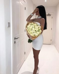 For off the hook party looks Boujee Lifestyle, Luxury Lifestyle Fashion, Look Fashion, Fashion Show, Fashion Outfits, Girl Photo Poses, Girl Photos, Luxury Couple, Party Looks